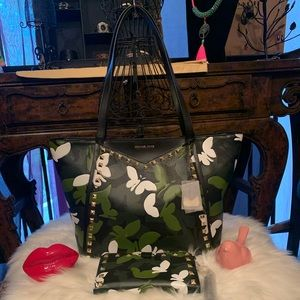 Michael kors Whitney Butterfly camo tote & wallet